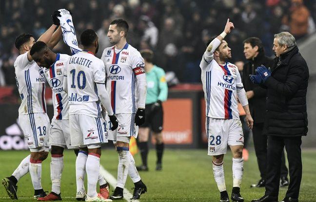 OL-OM: Le nom de Mathieu Valbuena scandé à Lyon... «Comme quoi, tout peut arriver», sourit-il