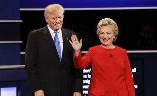 Donald Trump et Hillary Clinton lors du premier des trois débats télévisés de la campagne présidentielle américaine, le 26 septembre 2016.