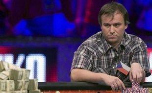 Le Tchèque Martin Stazsko lors de la table finale du Main Event des World series of Poker (WSOP) le 7 novembre 2011