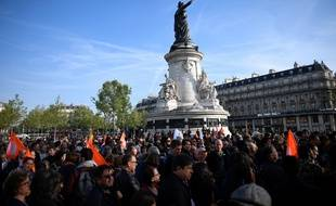 Manifestation place de la République contre le Front national, le 24 avril 2017.