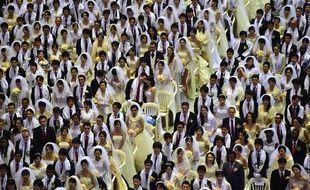 Samedi 20 février, 3.000 couples, adeptes de la secte Moon, se sont mariés lors d'une immense cérémonie à Gapyeong, en Corée du Sud.