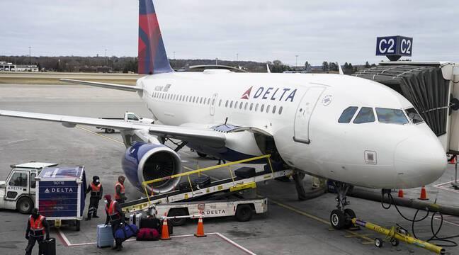Etats-Unis : Un pilote « vacciné » de Delta Airlines meurt en vol ? Il n'y a pas de preuves