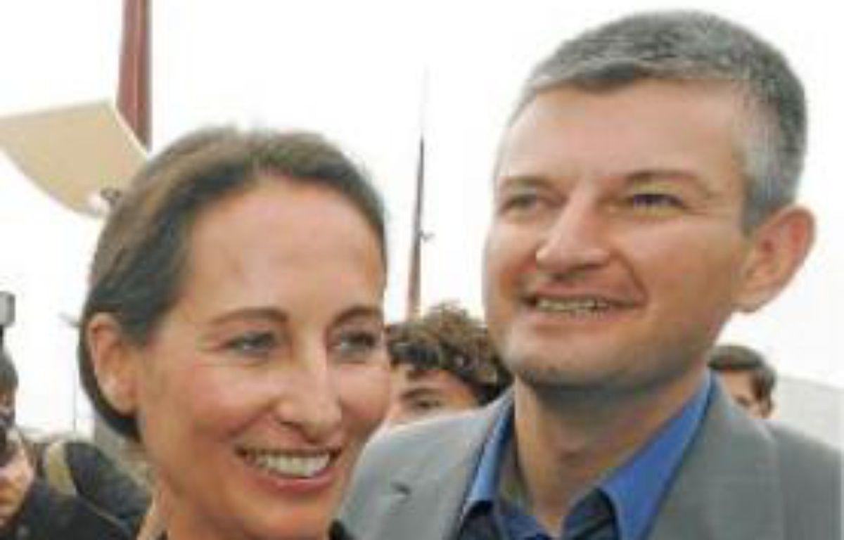 L'une des dernières photos, en 2007 à l'université du PS à La Rochelle, où Royal et Farloni apparaissent ensemble. –  HALEY / SIPA