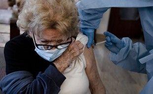 Seuls 76% des plus de 75 ans ont reçu au moins une dose de vaccin