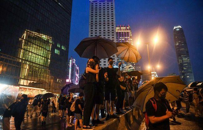 Hong Kong: Des dizaines de milliers de prodémocrates dans les rues lors d'une mobilisation test