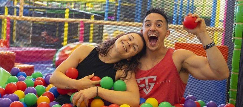 Le couple de YouTubeurs TiboInshape et Juju Fitcats positifs au Covid-19