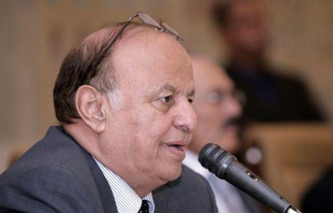Le président yéménite Abd Rabbo Mansour Hadi a limogé mardi plusieurs hauts responsables des services de sécurité considérés comme loyaux à l'ancien chef de l'Etat Ali Abdallah Saleh, a annoncé la télévision d'Etat.