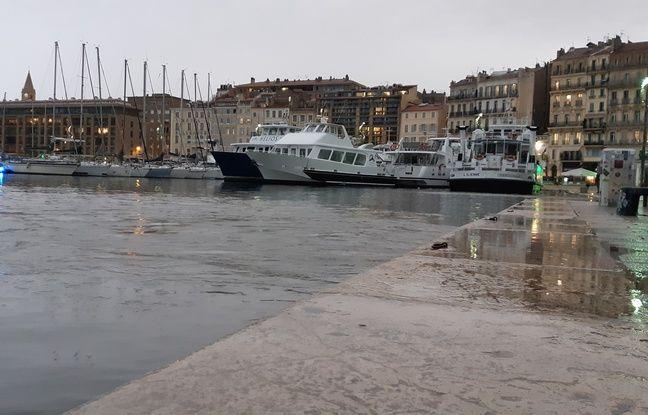 VIDEO. Inondations à Marseille: Le Vieux-Port a (brièvement) débordé, plusieurs rues ont été inondées