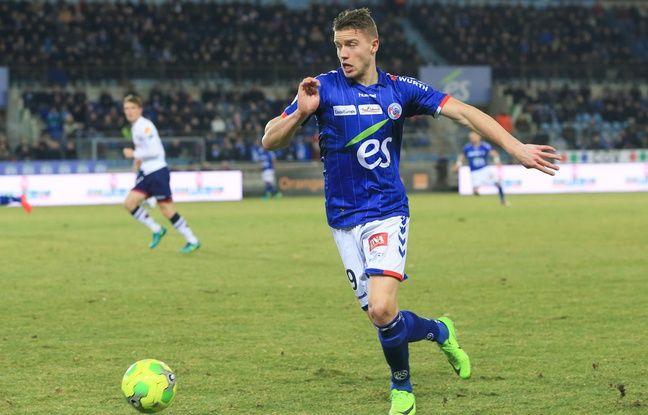 EN DIRECT. Dans ce choc à l'ancienne, Strasbourg a mis le temps mais finit en déroulant à Auxerre (0-2)