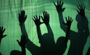 Le Comité des droits de l'enfant de l'ONU a accusé jeudi la police et l'armée israéliennes de maltraiter les enfants palestiniens, citant des cas de torture, d'arrestations nocturnes et d'isolement en prison pendant des mois.