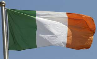 Le drapeau irlandais (illustration).