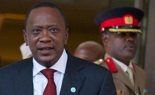 Le procès pour crimes contre l'humanité à l'encontre du président kényan Uhuru Kenyatta, qui devait s'ouvrir le 9 juillet, a été reporté et s'ouvrira le 12 novembre, a indiqué jeudi la Cour pénale internationale.