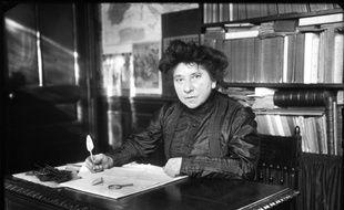 Photo d'Hubertine Auclert, suffragette française et pionnière du féminisme.