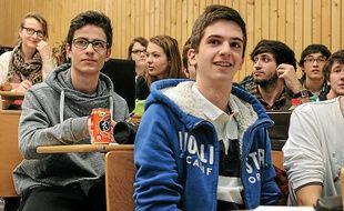 A Lyon-II, un contrat pédagogique de remise à niveau est proposé aux élèves.