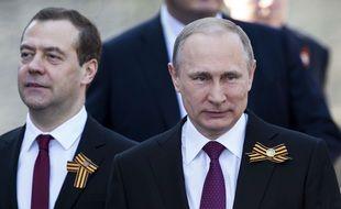 Vladimir Poutine et Dmitri Medvedev, le 9 ma 2016 à Moscou.