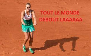 Kristina Mladenovic fait  la ola sur le Lenglen.
