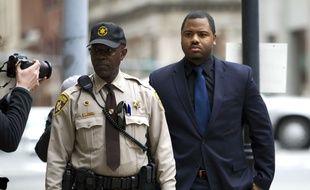 Le policier William Porter, premier jugé dans la mort de Freddie Gray, ici le 16 décembre 2015, devant le tribunal de Baltimore.
