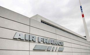 Le siège d'Air France à Roissy-en-France. AFP PHOTO / JOEL SAGET
