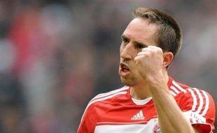 """Le milieu du Bayern Munich Franck Ribéry explique mardi dans L'Equipe qu'il """"veut tout gagner si c'est possible, même le Ballon d'Or."""""""