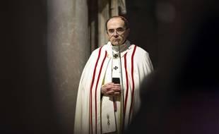 Le cardinal Barbarin, achevêque de Lyon, est soupçonné d'avoir couvert des actes pédophiles.
