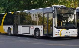 CambraiTranquillementIl Un Des En Commun Bus Vole Transports mwOnvN80