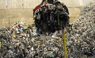 Usine d'incinération des déchets à Fos sur Mer.