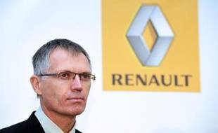 L'ex-numéro deux de Renault Carlos Tavares, brutalement évincé de ses fonctions le mois dernier pour avoir évoqué un avenir en dehors du groupe, est en lice pour prendre la tête d'Aston Martin, affirme mardi le Wall Street Journal.