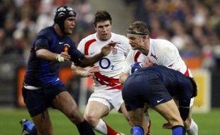 L'Angleterre mène devant la France 13 à 7 à l'issue de la première période, lors de la 3e journée du Tournoi des six nations de rugby, samedi au Stade de France.