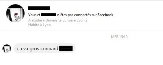 Capture d'écran d'un message d'insulte reçu sur Facebook.