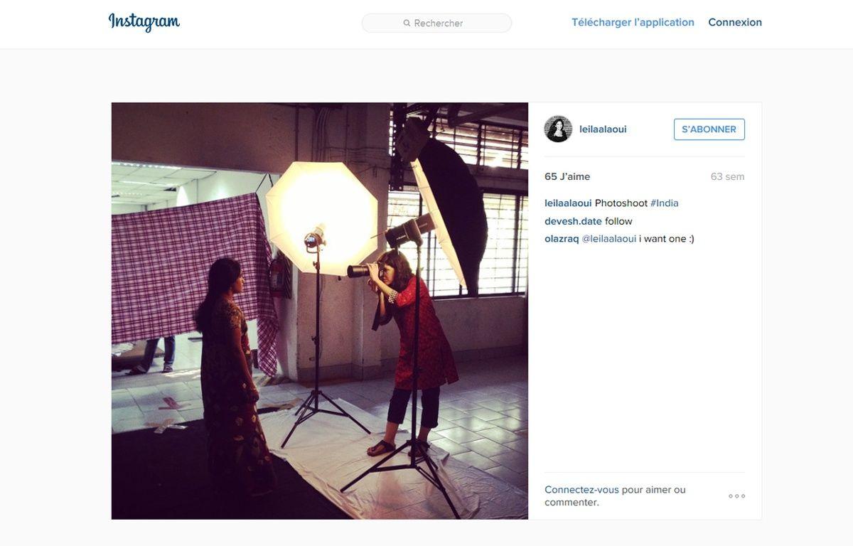 La photographe Leïla Alaoui en plein travail. – Instagram.com/leilaalaoui