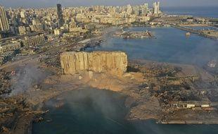 Le port de Beyrouth, au Liban, après les deux explosions du 4 août 2020