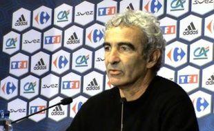 Raymond Domenech, le sélectionneur des Bleus, le 31 janvier 2008, au siège de la Fédération française de football.
