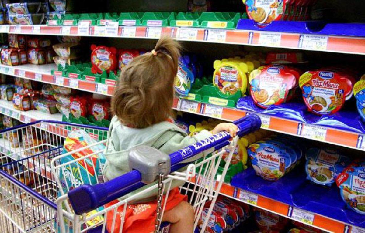 Un rayon alimentation pour enfants. – ABRAHAM/NECO/SIPA