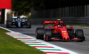 Charles Leclerc (Ferrari) et Lewis Hamilton (Mercedes) lors du GP de Monza, le 8 septembre 2019.