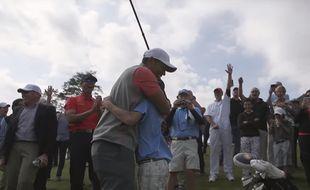 Tiger Woods s'est empressé de féliciter le petit prodige.