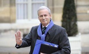 Le secrétaire d'Etat à la fonction publique Georges Tron, arrive à l'Elysée le 17 novembre 2010.