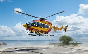 L'helicoptere de la securite civile Dragon 33. - Photo : Sebastien Ortola