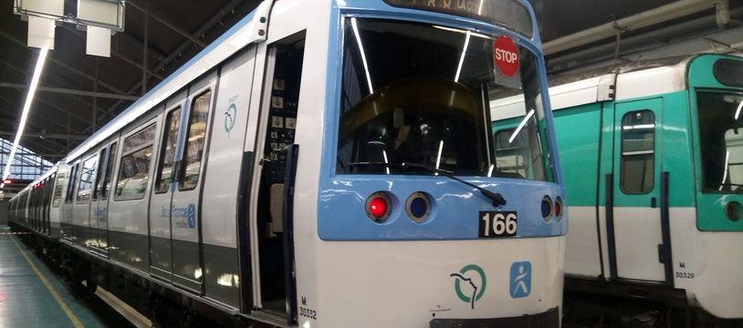 Un métro de la ligne 7.