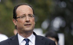 """François Hollande, candidat PS à la présidentielle, a jugé jeudi à Nîmes que le programme de Nicolas Sarkozy n'a que """"l'austérité comme seule perspective""""."""