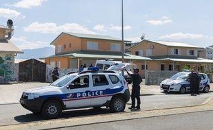 Un jeune homme de 21 ans a été mis en examen, le 19 août 2019, pour le meurtre d'une lycéenne de 18 ans en Nouvelle-Calédonie, dont le corps a été découvert sous des branchages le 9 août dernier.