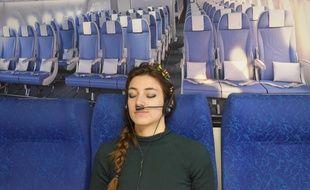 Le casque Aéro-audio-olfacto, conçu pour atténuer la peur en avion, sera présenté en juillet à Toulouse.
