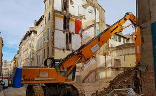 Huit personnes sont mortes sous les décombres d'immeubles effondrés rue d'Aubagne à Marseille