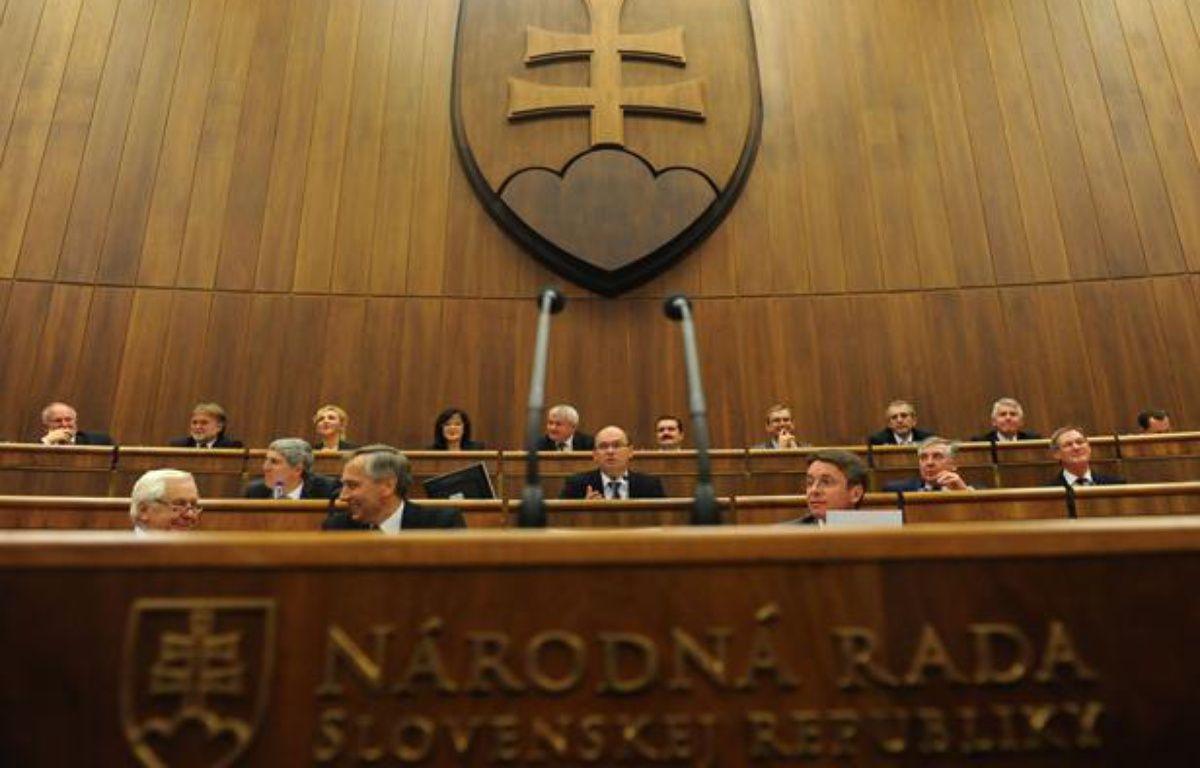 Le parlement slovaque lors du vote du 11 octobre sur l'élargissement du FESF, Bratislava, 11 octobre 2011  – AFP PHOTO / SAMUEL KUBANI