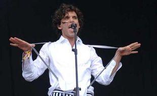 8• MIKA La révélation pop de l'année sera le 12 juillet aux Nuits de Fourvières à Lyon, pour ceux qui auraient manqué son concert parisien.  Dernière minute! Concert annulé.