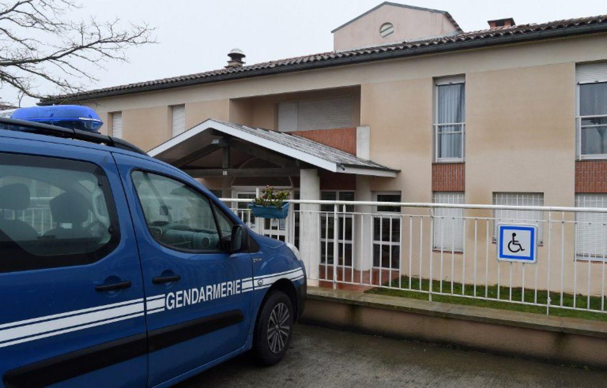 Devant la maison de retraite de Nailloux. – ERIC CABANIS / AFP