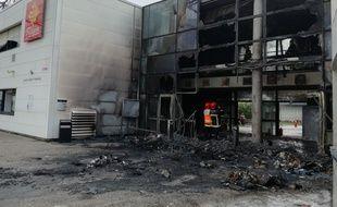 Un incendie a ravagé une partie du lycée Saint-Exupéry de Blagnac.