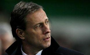 Alain Perrin, lors du match nul entre son équipe, Saint-Etienne, et son ancien club, Lyon, le 1er février 2008.