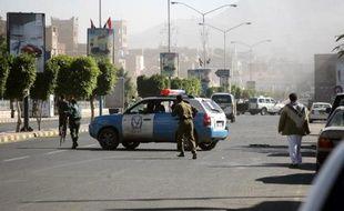 Un délégué des rebelles nordistes chiites au dialogue national en cours au Yémen, Ahmad Charefeddine, a été assassiné mardi matin à Sanaa par des hommes armés