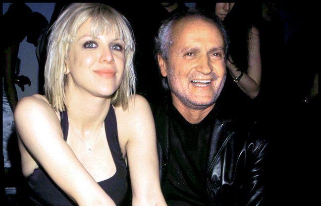 506a19d58ba42a 648x415_chanteuse-actrice-courtney-love-styliste-gianni-versace-new-york-1996.jpg