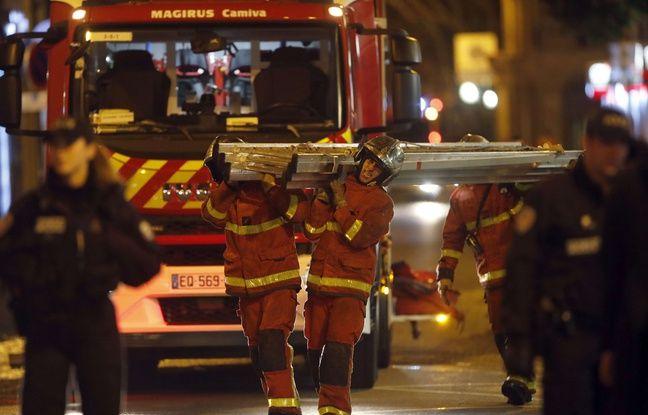Sept personnes sont mortes et une autre a été grièvement blessée dans un violent incendie qui a ravagé un immeuble du 16e arrondissement de Paris. Deux-cents pompiers ont été mobilisés.
